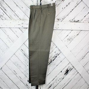 Arrow Men's Pleated Dress Pants Size 32/32
